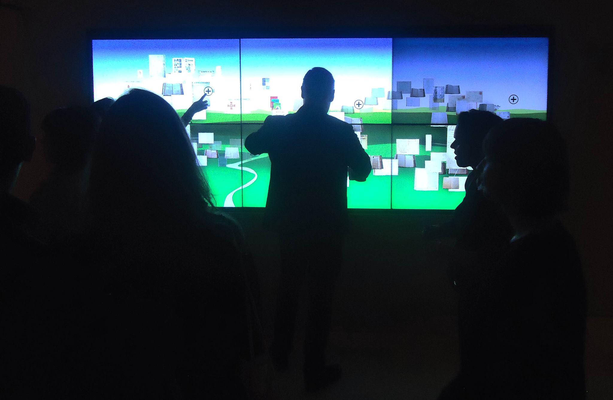 SIMÕES LOPES NETO - ONDE NÃO CHEGA O OLHAR PROSSEGUE O PENSAMENTO - arte e inovação com Videowall Ecomídia