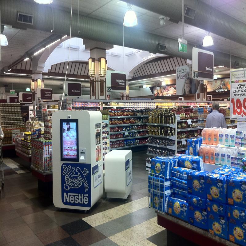 Módulo da Nestlé instalado em supermercados emite receitas na hora